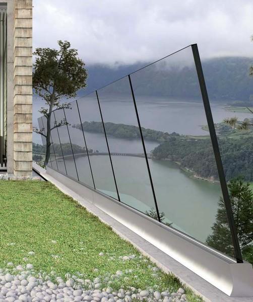 parapetto in vetro antisfondamento inclinato antivento