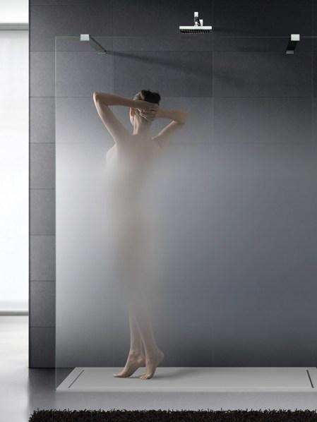 box doccia in vetro con decorazione a effetto nuvola