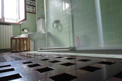 da vasca a box doccia in vetro scorrevole