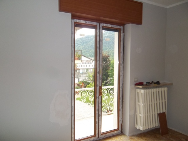 Sostituzione vetri rotti vetraria gelfi bergamo - Sostituzione vetri finestre ...