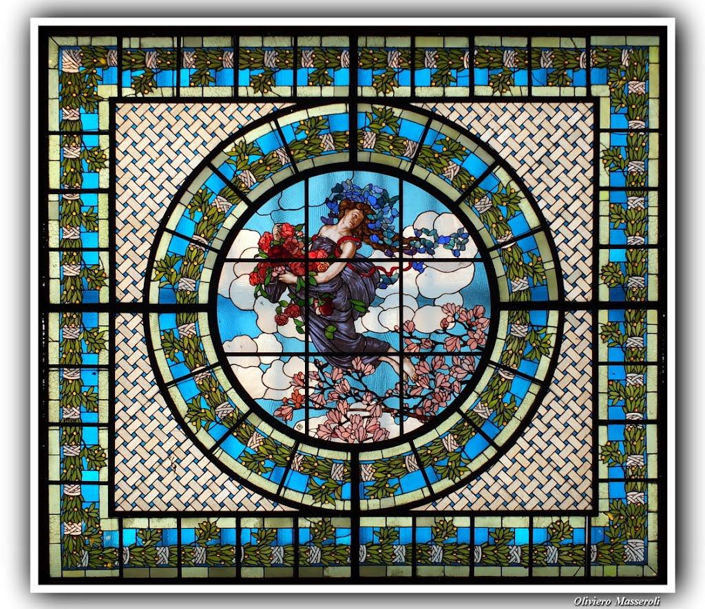 lucernario in vetro rilegato al piombo