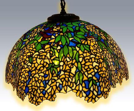 lampadario in vetro stile Tiffany