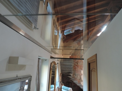 pavimento in vetro