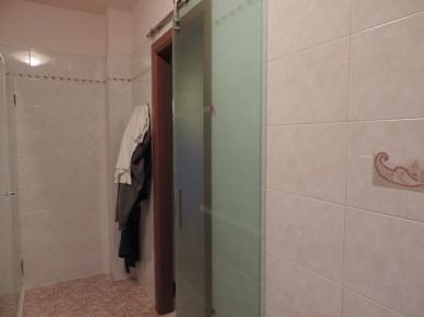 porta scorrevole in vetro