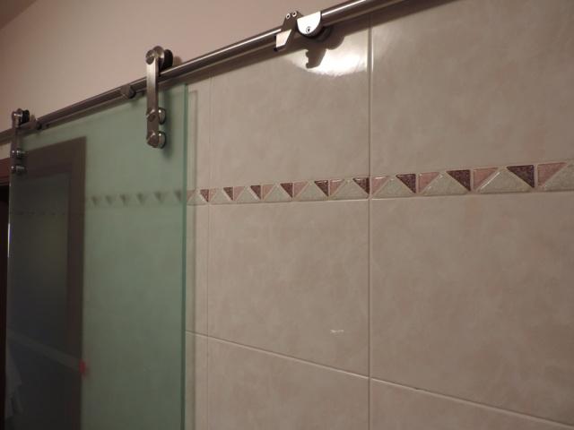 Porta scorrevole esterna bagno. la porta scorrevole esterno muro per