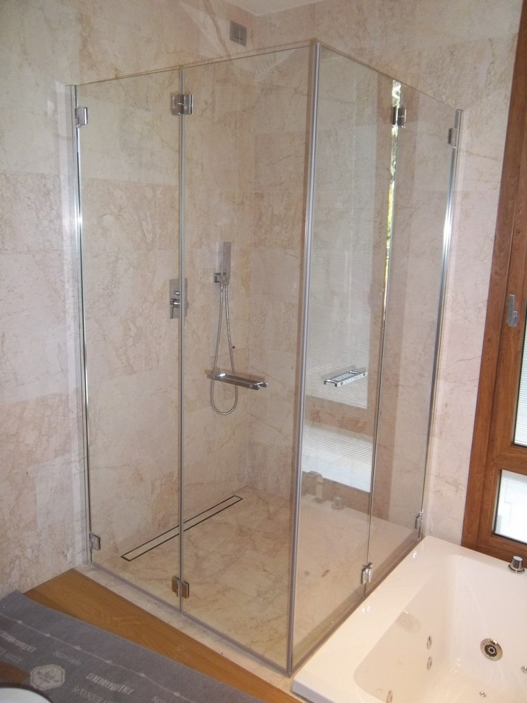 box doccia in vetro per disabile