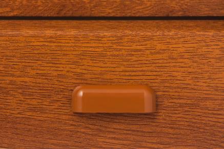 PVC-gocciolatoio particolare dello stesso colore dell'anta