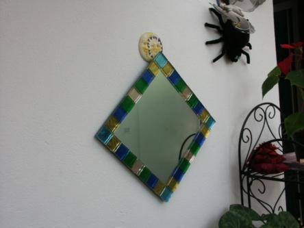 specchio con tessere
