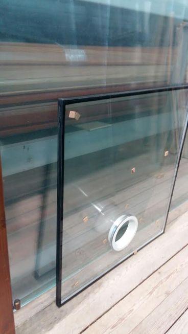 foro nel vetro per condizionatore