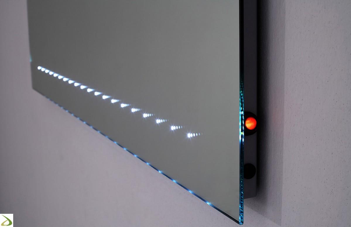 illuminazione al led dello specchio