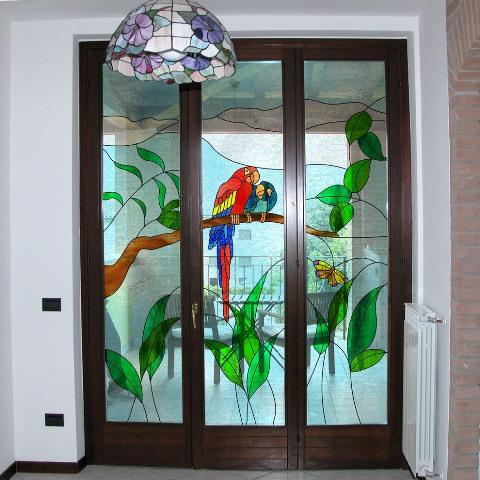 portafinestra con vetri decorati al piombo