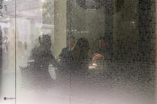 parete divisoria in vetro satinato