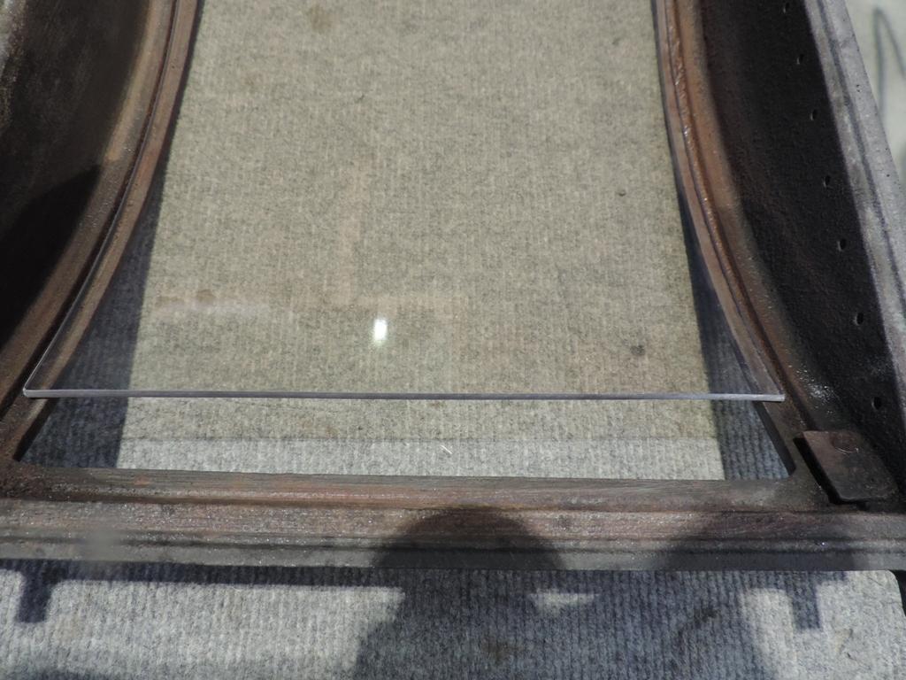 vecchio vetro ceramico posizionato e pulito