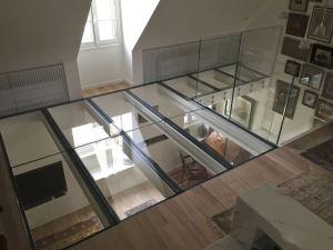 vetro calpestabile e parapetti in vetro per soppalco trasparente