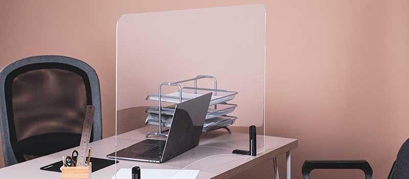 schermo in plexiglas protettivo per ufficio aperto al pubblico